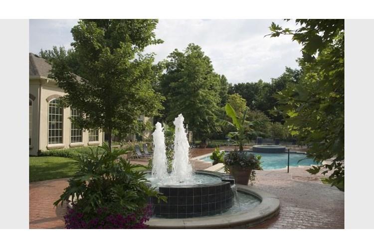 Enclave Apartments Overland Park