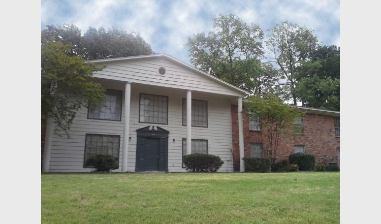Apartments at Auburn Oaks - Memphis | ApartmentSearch com