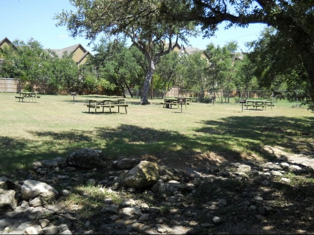 Apartments At Trails Of Elm Creek San Antonio