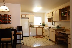 Large Kitchen & Built in Desk & Shelving