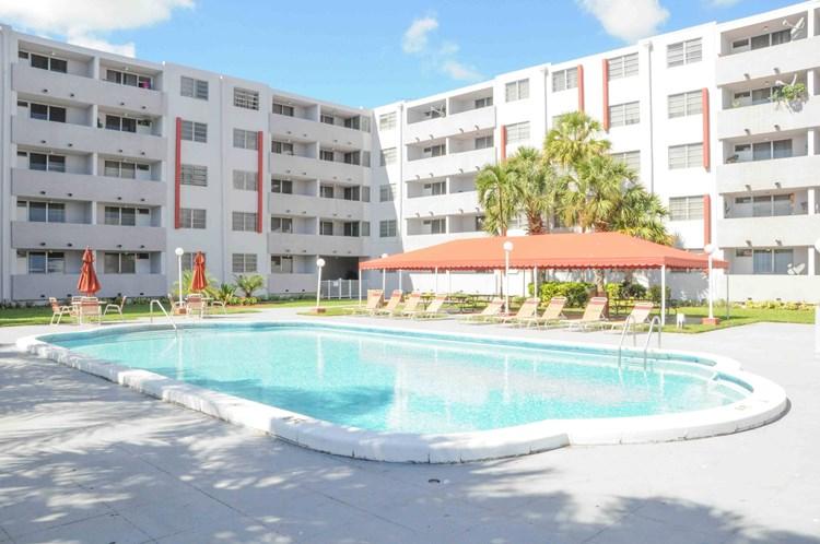 Suncoast Place Apartments