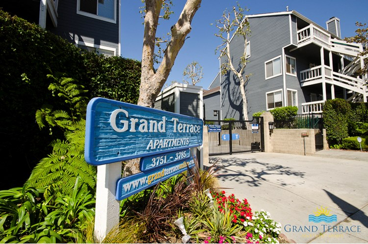 Find Apartments For Rent At Grand Terrace Apartment Homes